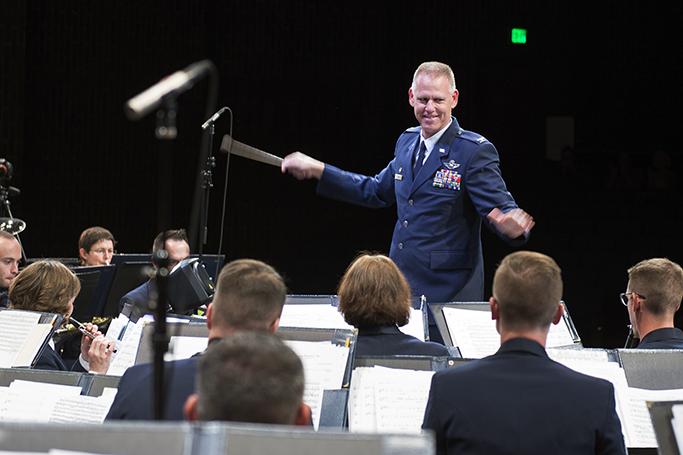 Grissom supports AF band performance