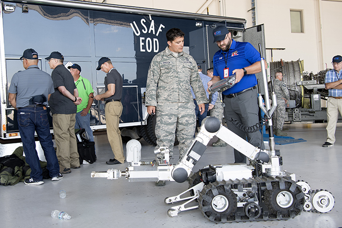 Grissom hosts ESGR Bosslift